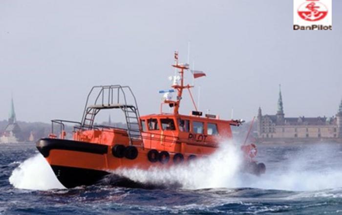 DanPilot båd i aktion